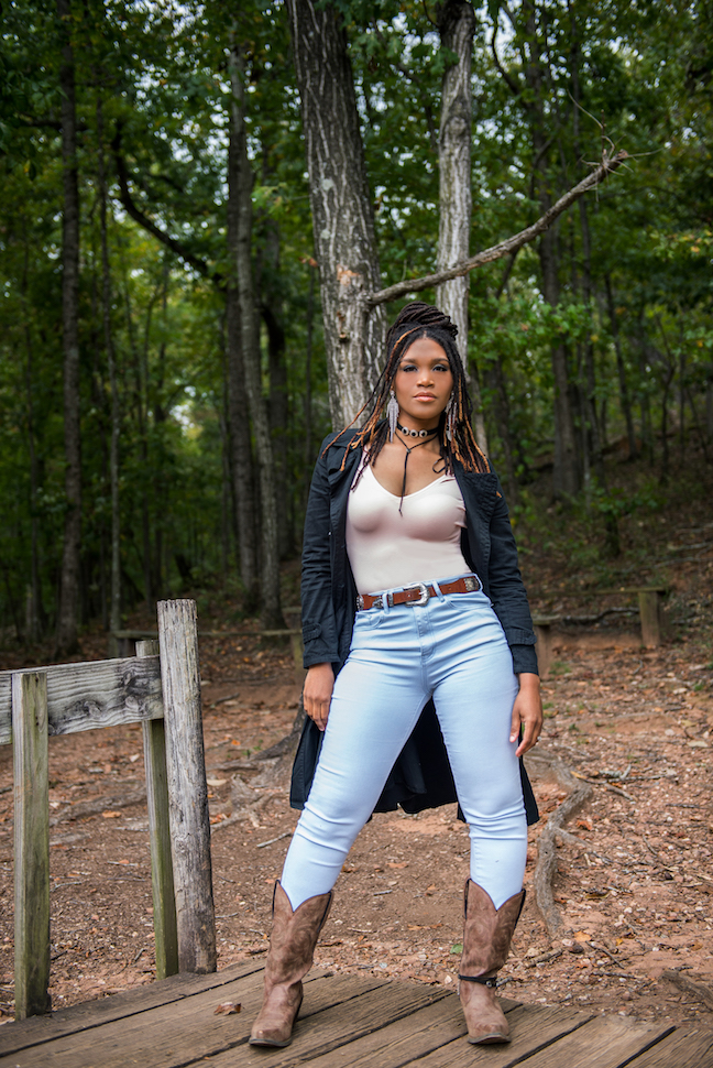 Maverick of the Month:Lawless Cowgirl Candace