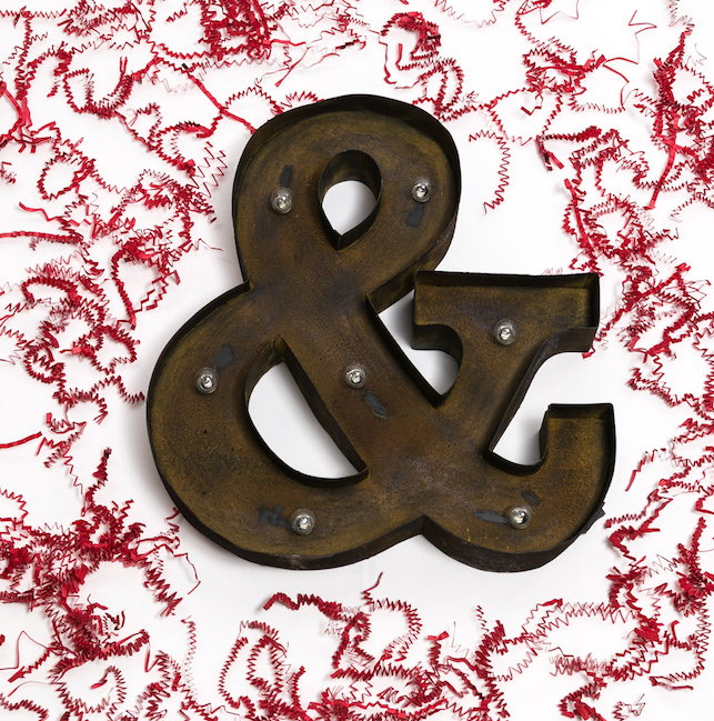 Ampersand Ornamenting